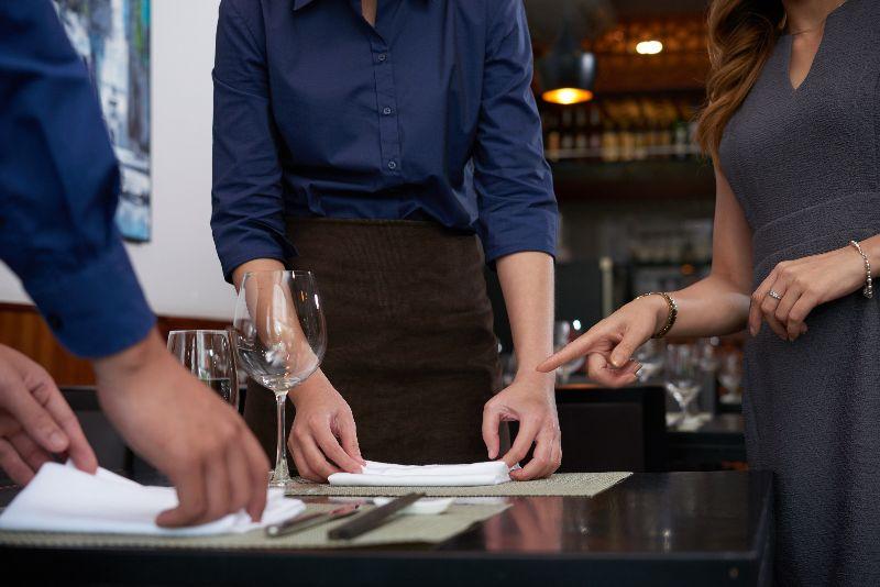 Как найти управляющего в ресторан в 2021 году? Инструкция к применению
